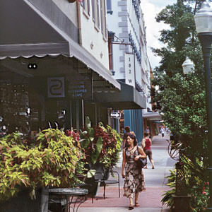 Shopping in downtown Savannah