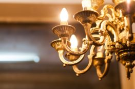 Decorative chandelier in the Harper Fowlkes House