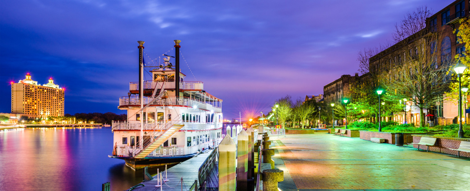 Riverboat for Savannah GA cruises