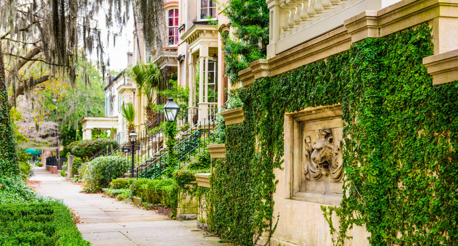 These Are the Best Neighborhoods in Savannah to Explore