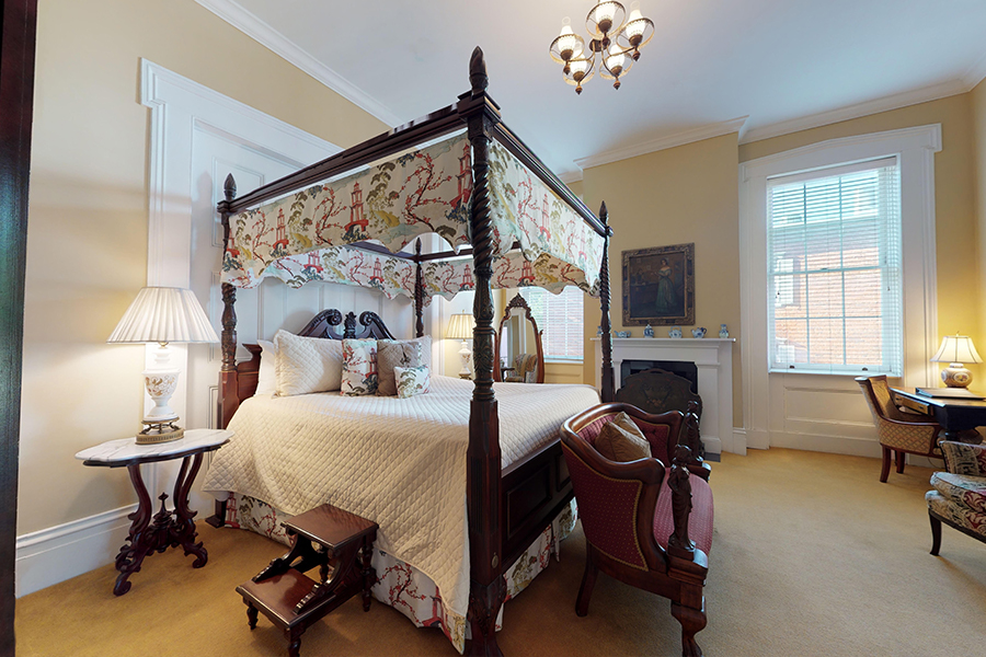 JFK bed and breakfast suite